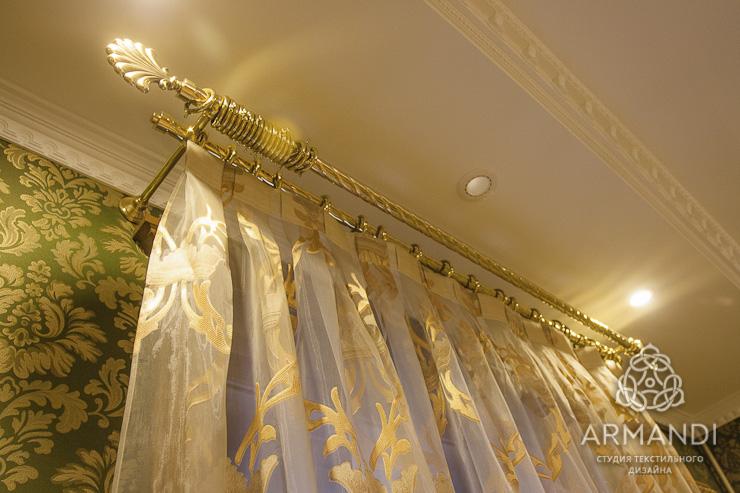 Карнизы для штор металлические фото в интерьере